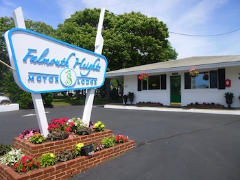 Falmouth Heights Motor Lodge in Falmouth, Massachusetts
