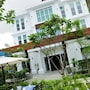 Frangipani Villa Hotel II photo 18/41