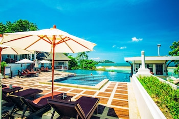 Photo for Al's Laemson Resort in Koh Samui