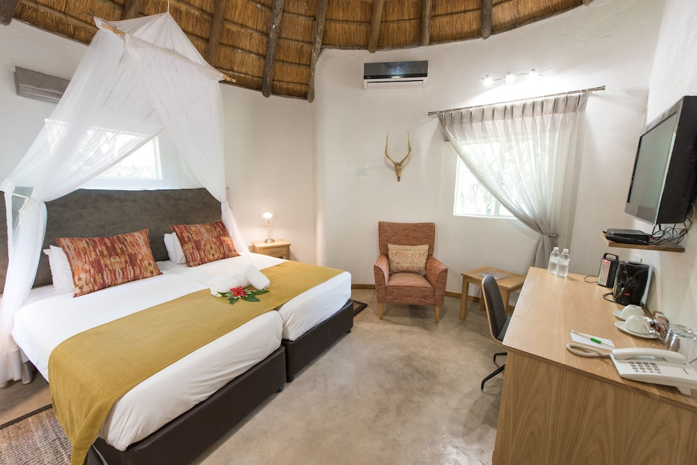 Sefapane Lodges and Safaris
