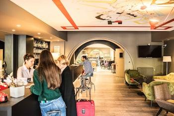 tarifs reservation hotels Le Comte Rouge