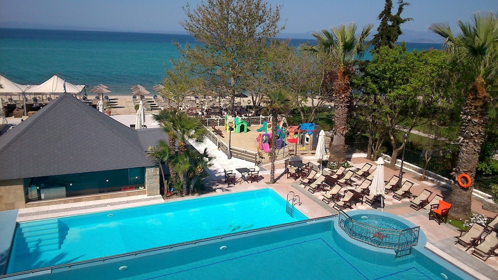 Naias Beach Hotel