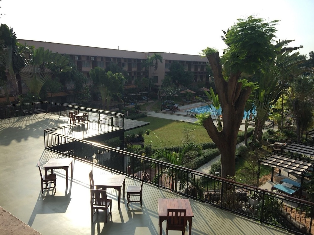 Basaya Beach Hotel Resort Photos 90