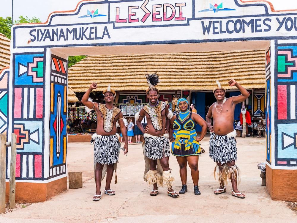 aha Lesedi Cultural Village