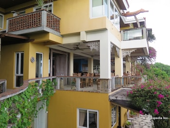 Amarela Resort Bohol Exterior