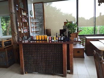 Amarela Resort Bohol Hotel Bar