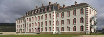 tarifs reservation hotels Comfort Suites Epernay
