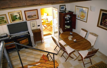 Prenota Hotel A Casa di Paola Suite- Bed and Breakfast
