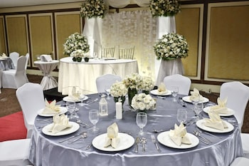 The B Hotel Manila Banquet Hall