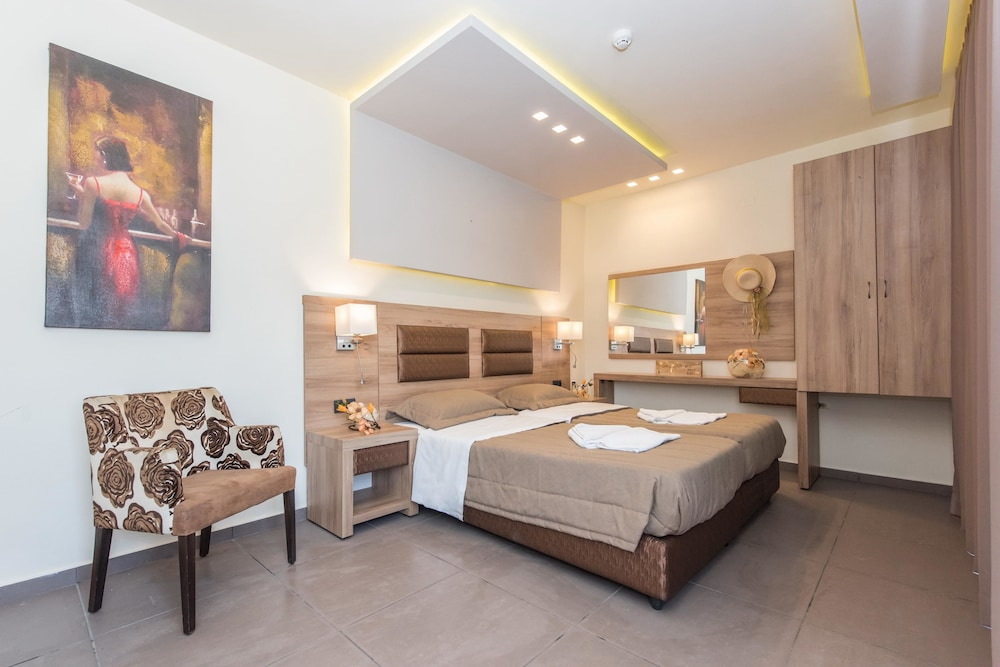 Hotel Dionyssos - Adults Only