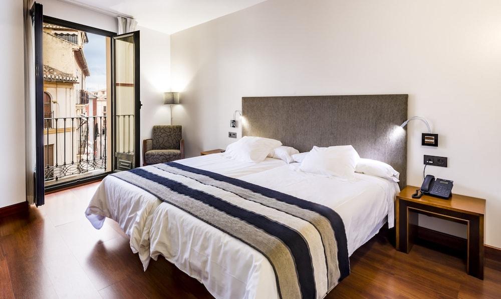 Monjas Del Carmen Hotel