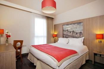 tarifs reservation hotels Residhome Paris-Guyancourt