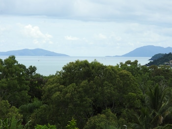 Photo for Airlie Beach Myaura Bed and Breakfast in Airlie Beach, Queensland