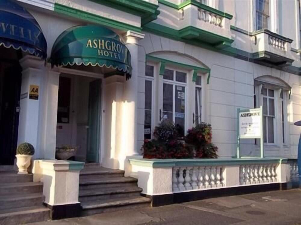 Ashgrove House