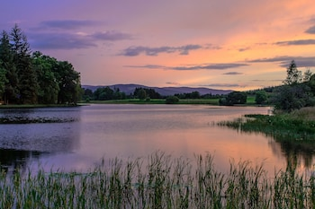 Photo for The Lodge on the Loch of Aboyne in Aboyne