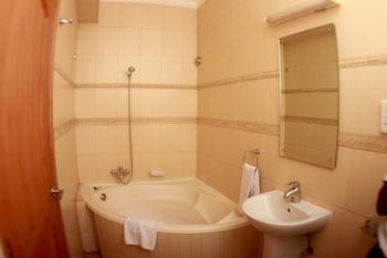 The City Royal Resort Hotel - Bathroom  - #0