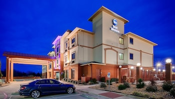 Photo for Best Western Giddings Inn & Suites in Giddings, Texas