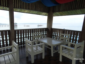 Hof Gorei Beach Resort Samal Lobby Sitting Area