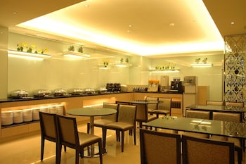 Hotel New Continental - Dining  - #0