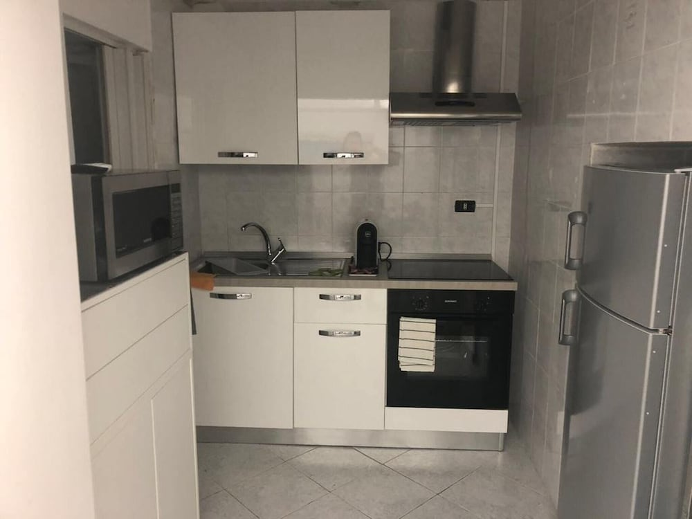 Apartment With one Bedroom in Napoli, With Balcony and Wifi - 10 km Fr