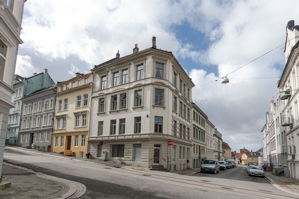 Exclusive apartment in city