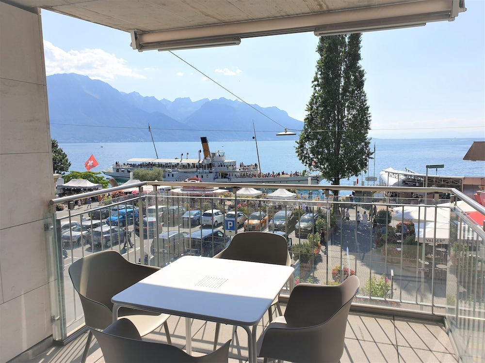 Montreux LUX 3 Bedroom Apartment