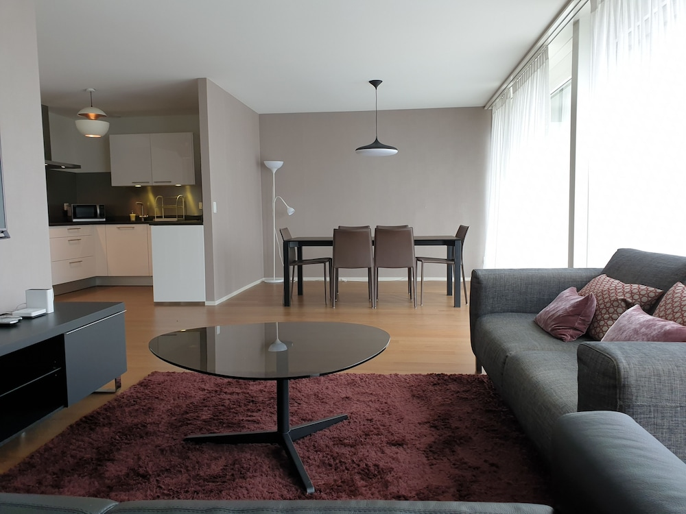 Montreux Boutique Apartment 3 Bedroom
