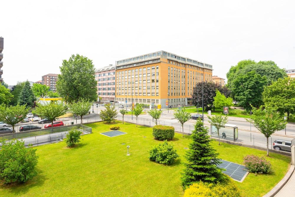 Affori Garden Apartment