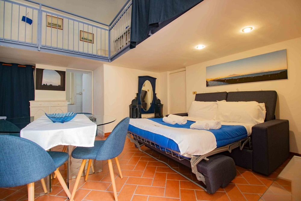Carafa's Central Apartments