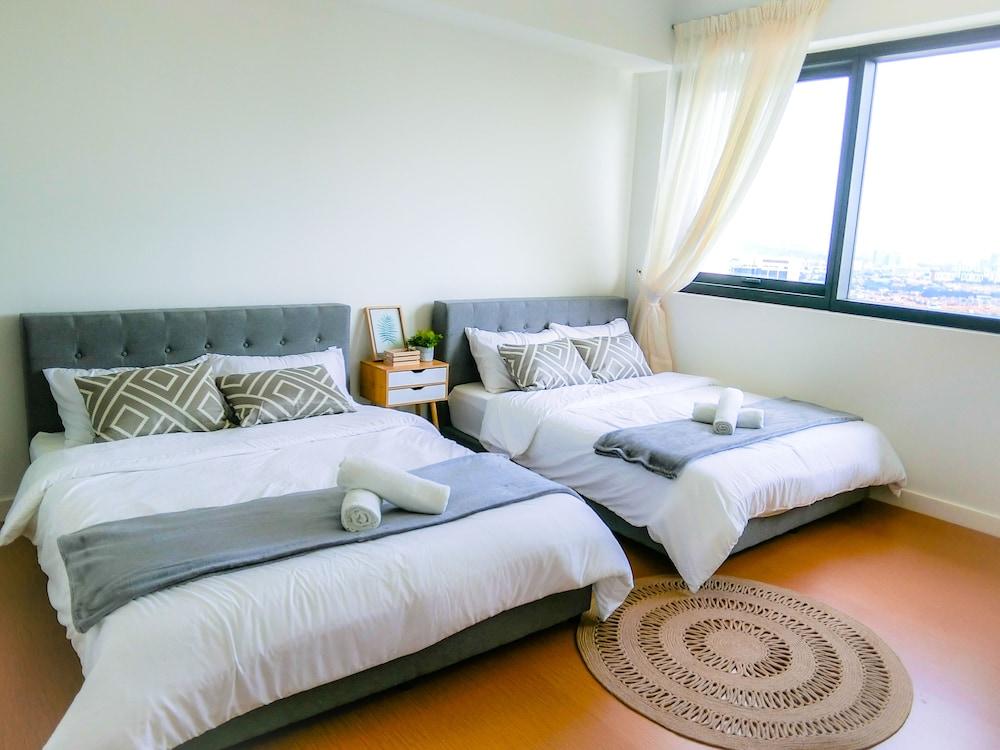 The Hub Service Apartment @ Petaling Jaya