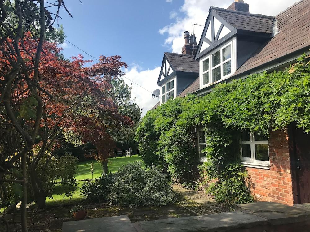 Rylands Farmhouse