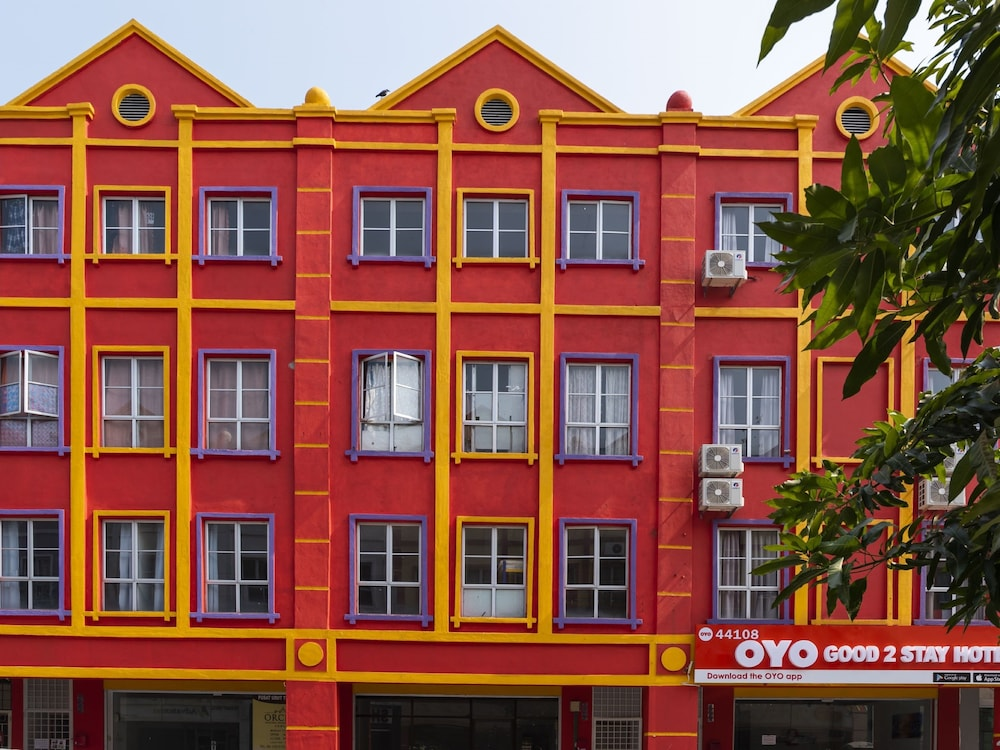 OYO 44108 GOOD 2 STAY HOTEL