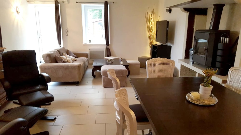 House With 3 Bedrooms in Saint-père, With Furnished Garden and Wifi -