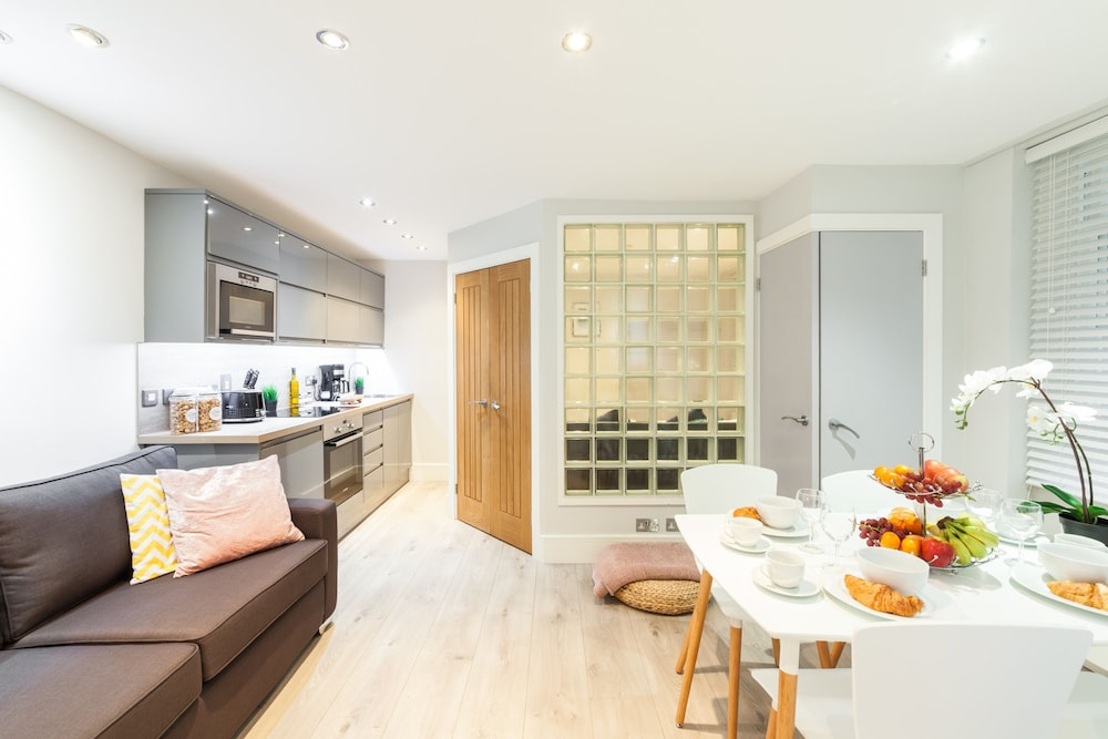 Soho Leicester Square Private Apartment