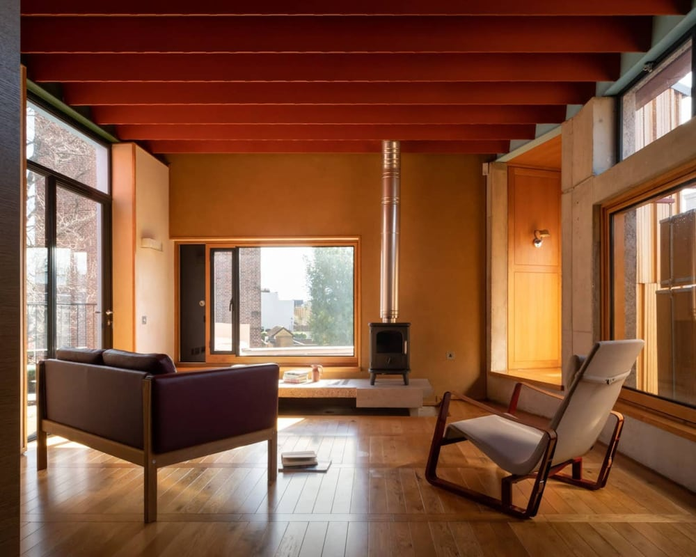 4 Bedroom Architect's Home in Holland Park