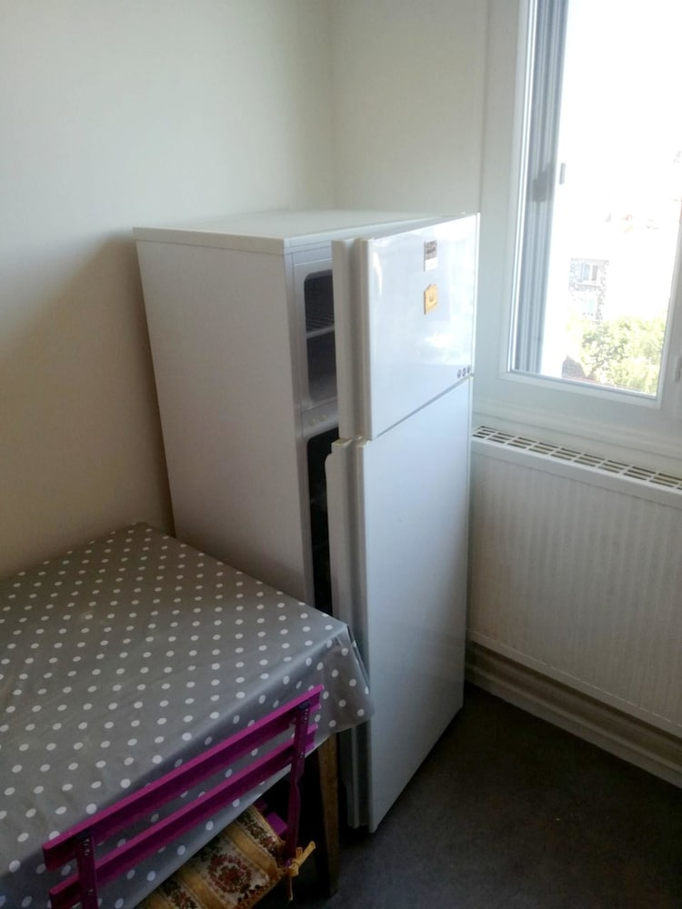 Apartment With 2 Bedrooms in Clermont-ferrand, With Wonderful Mountain
