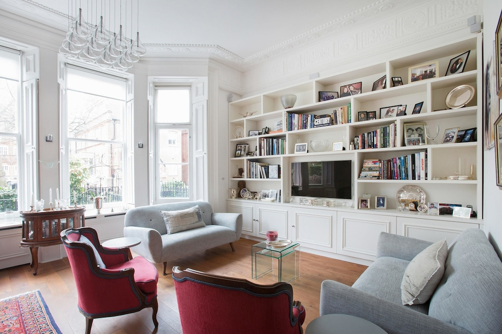 Courtfield Road II by Onefinestay