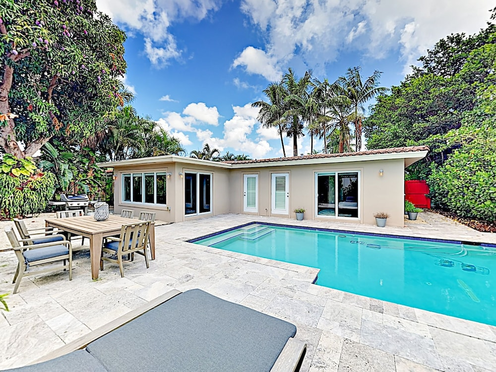 1908 Fort Lauderdale - 2 Br Home