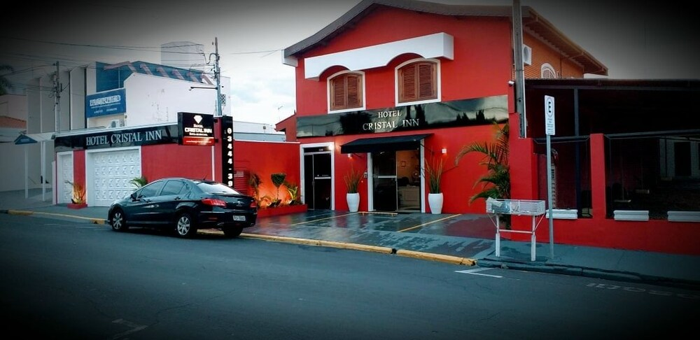 Hotel Cristal Inn