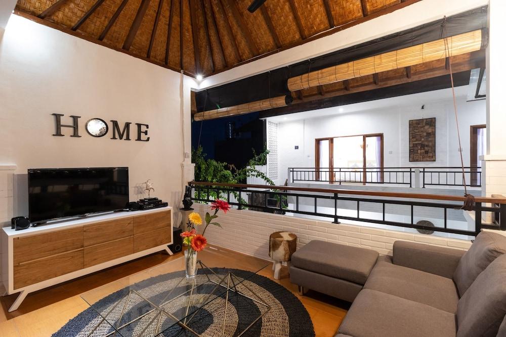 Villa Kubu Bali Price Address Reviews