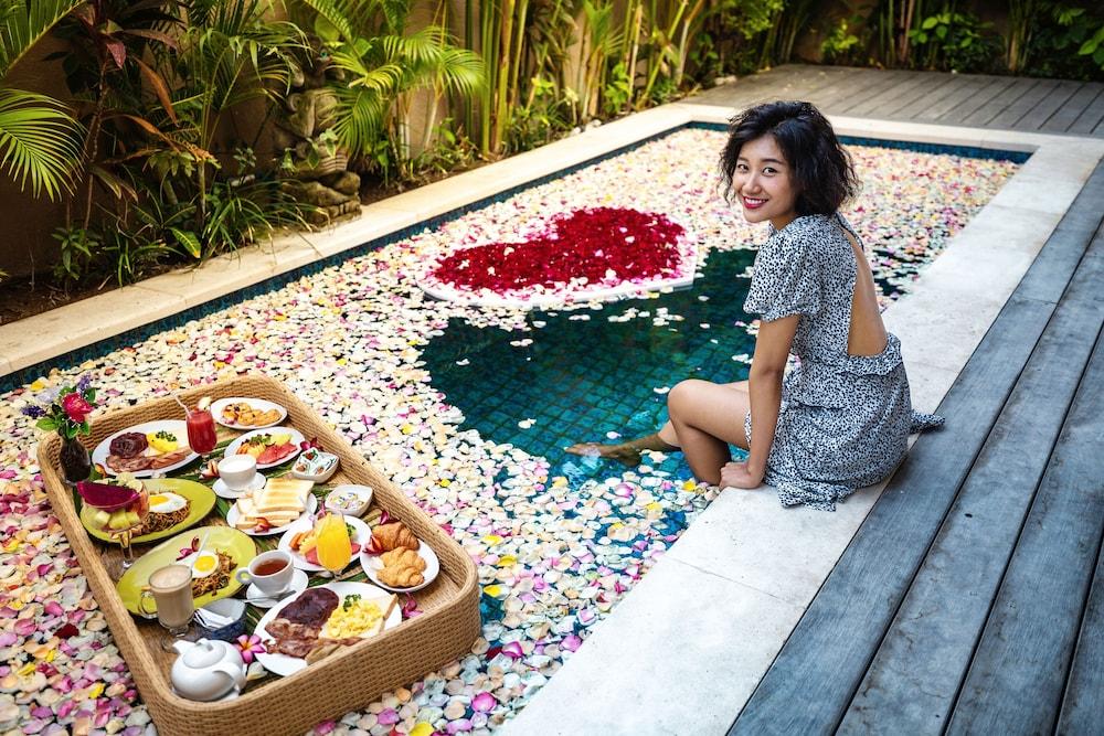 Royal Garden Villas Bali Price Address Reviews