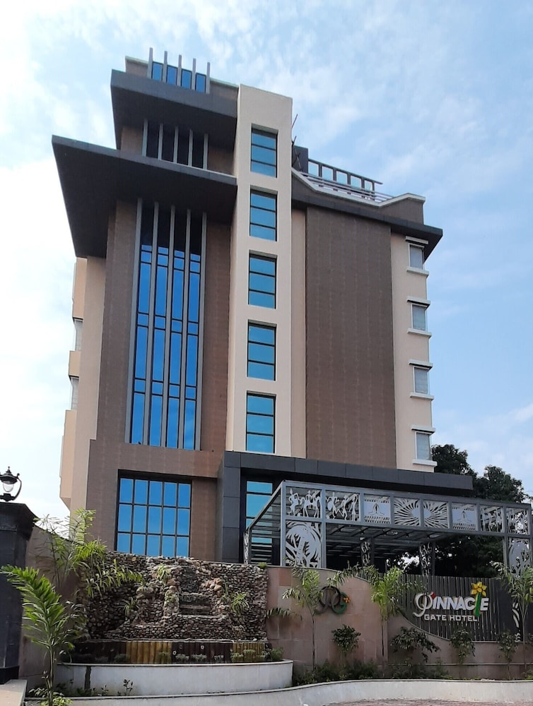 Hotel Pinnacle Gate