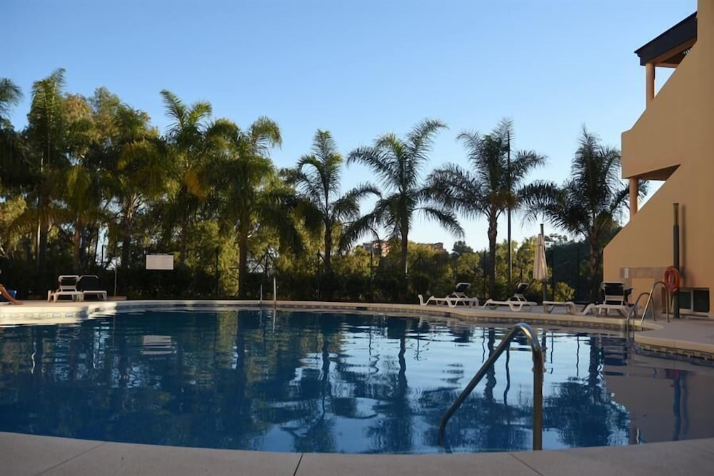 Outstanding Penthouse Near Puerto Banus