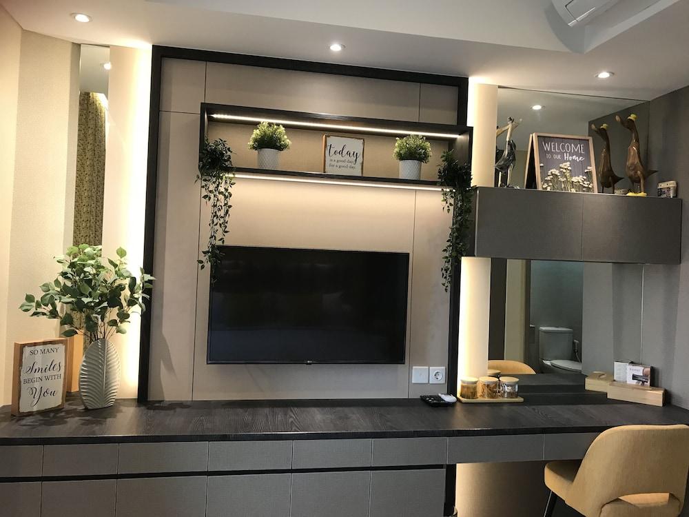 Desain Taman Kota  gold coast pik bahama sea view apartments jakarta price