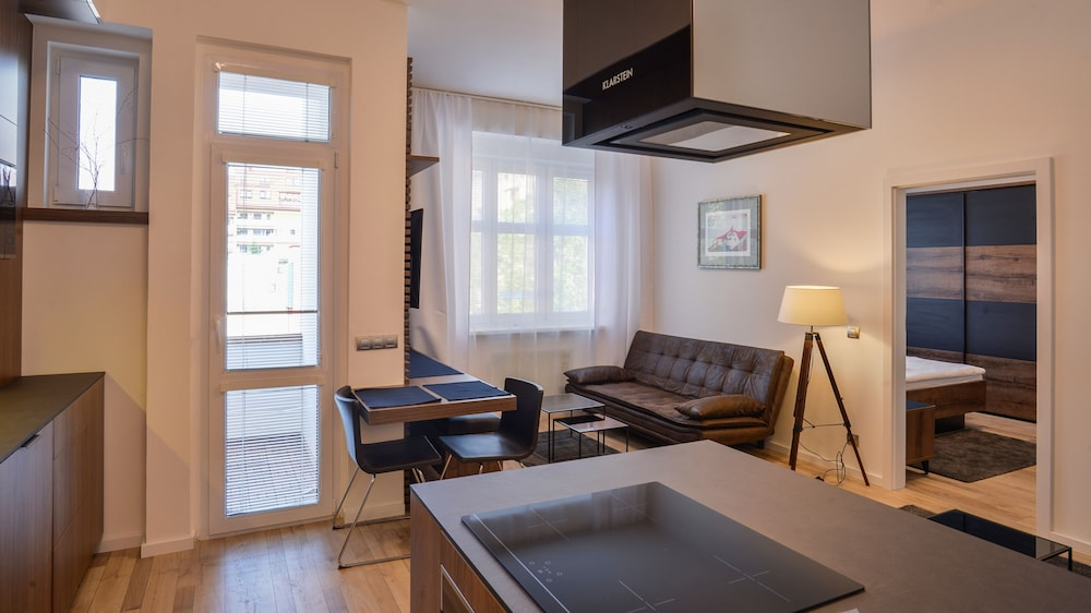 Brownie apartment