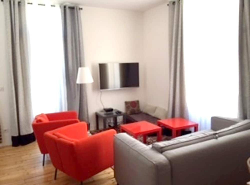 Apartment With one Bedroom in La Rochelle, With Wonderful City View, F
