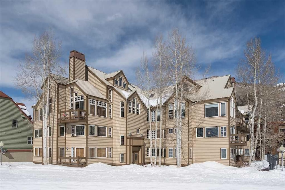 Etta Place 101 - West End Condo at the Base of Chair 7, Town of Tellur