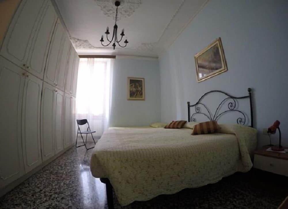 Aneide's Bed & Breakfast