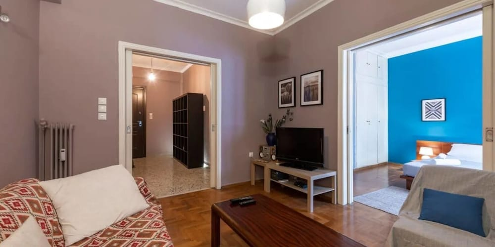 S&K Polyxene Suite in Center of Athens
