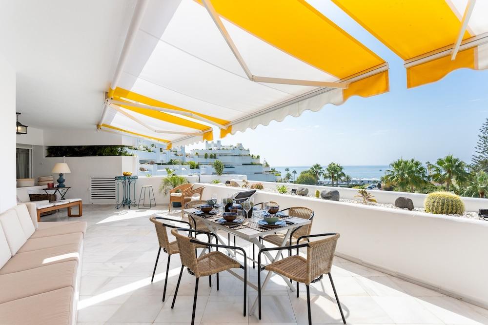 3BD Exclusive Apartment in Guadalmina Beach, Parque del sol